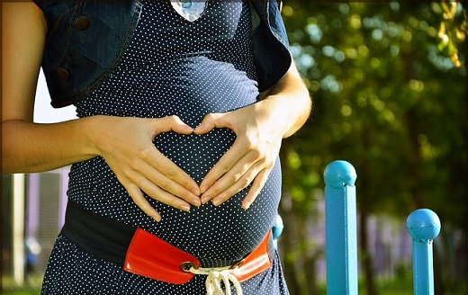 Зразок заяви на відпустку у зв'язку з вагітністю та пологами